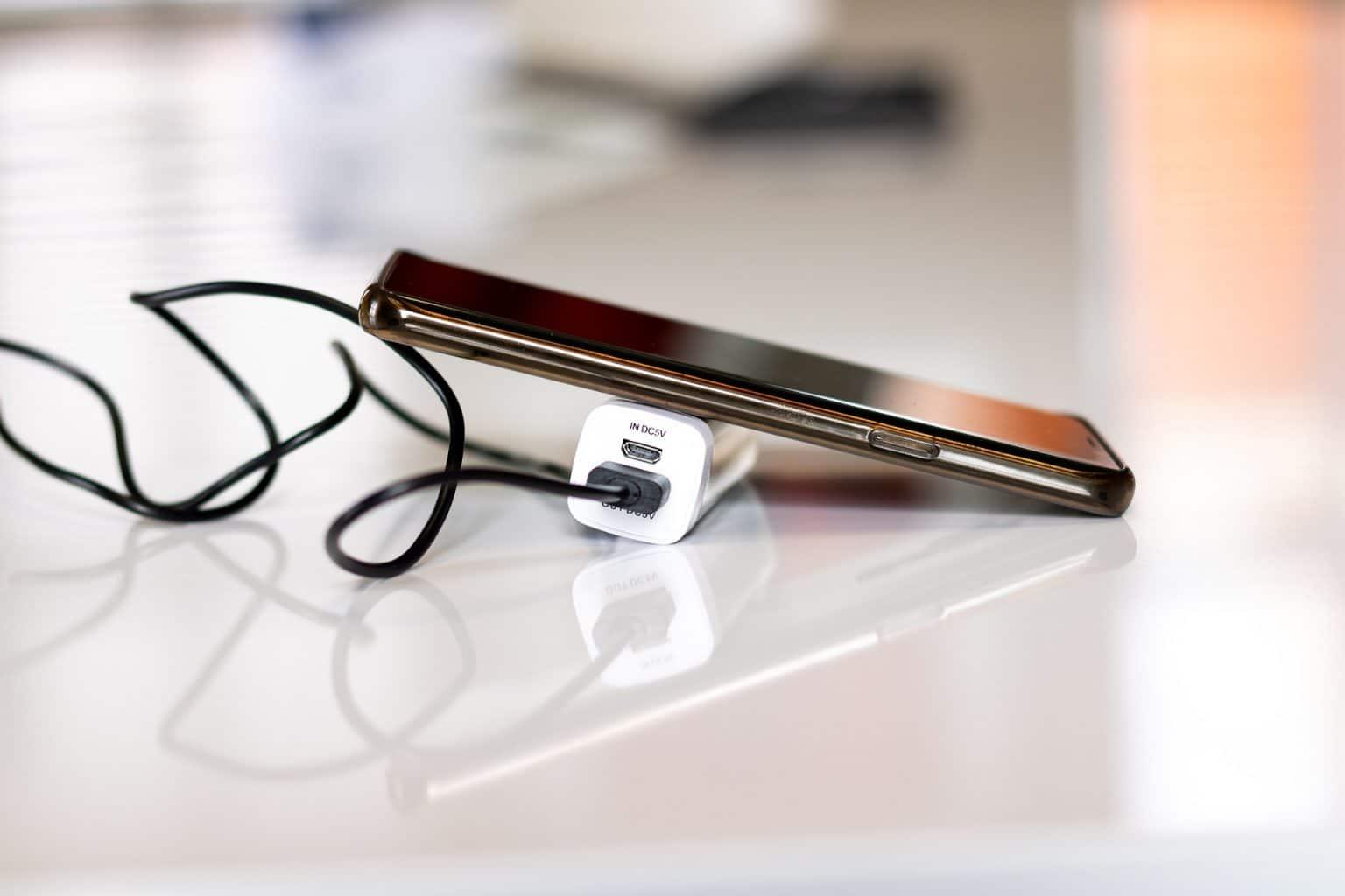 شركة تحليل البيانات العالمية lDC تتوقع أن ينخفض الطلب على الهواتف الذكية بنسبة 10.6% خلال الربع الأول من 2020